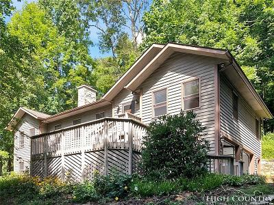 Alexander County, Ashe County, Avery County, Burke County, Caldwell County, Watauga County Single Family Home For Sale: 262 Kalmia Lane