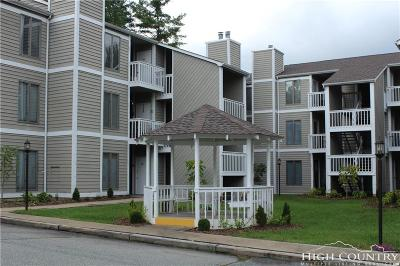 Blowing Rock Condo/Townhouse For Sale: 145 Royal Oaks Drive #331