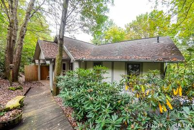 Blowing Rock Condo/Townhouse For Sale: 162 Highland Lakes Road #A