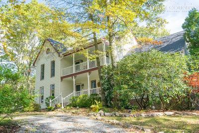 Blowing Rock Single Family Home For Sale: 445 Rocking Horse Lane