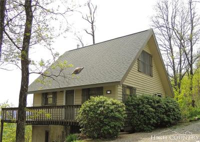 Caldwell County Single Family Home For Sale: 7933 Pinnacle Wind Lane
