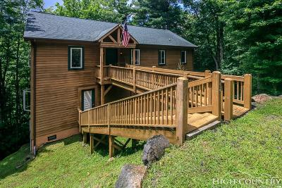 Beech Mountain Single Family Home For Sale: 109 Deergrass