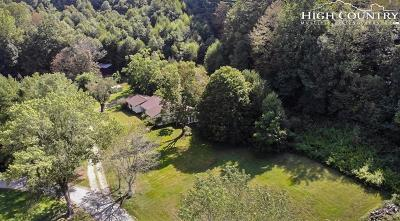 Watauga County Single Family Home For Sale: 232 Riverbank Cove Road