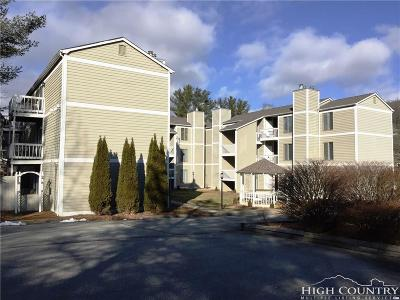 Blowing Rock Condo/Townhouse Under Contract - Show: 145 Royal Oaks Drive #335