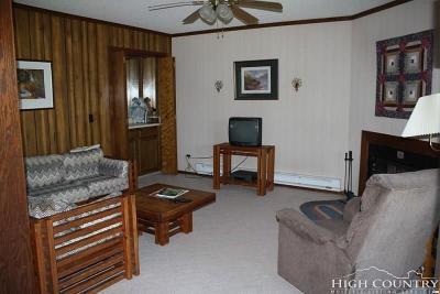 Beech Mountain Condo/Townhouse For Sale: 301 Pinnacle Inn Road #3109