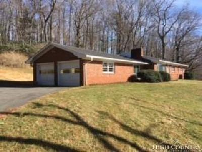 West Jefferson Single Family Home Under Contract - Show: 688 Beaver Drive