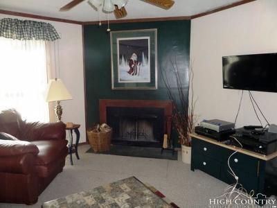 Beech Mountain Condo/Townhouse For Sale: 301 Pinnacle Inn Road #3124