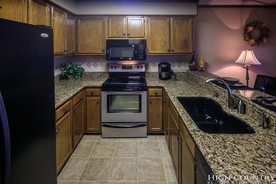 Beech Mountain Condo/Townhouse For Sale: 301 Pinnacle Inn Road #2314
