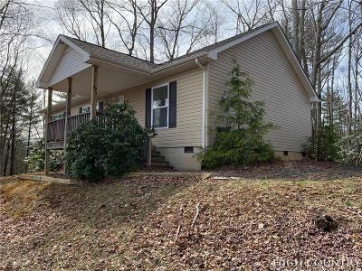Ashe County Single Family Home For Sale: 247 Misty Cove