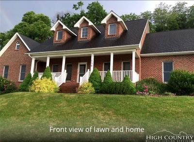 Boone Single Family Home For Sale: 156 Donnie's Drive