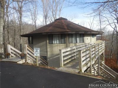 Sugar Mountain Condo/Townhouse For Sale: 315 Timber Ridge Road #B4