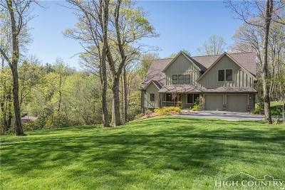 Blowing Rock Single Family Home Under Contract - Show: 109 Moose Lane