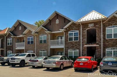Boone Condo/Townhouse Under Contract - Show: 247 Eli Hartley Drive #205