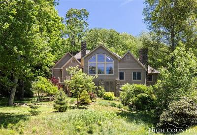 Blowing Rock Single Family Home For Sale: 137 Fairway 12 Court