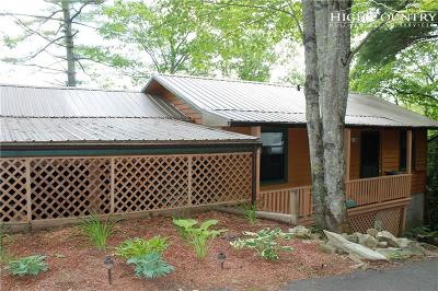Newland Single Family Home For Sale: 162 Windridge Road