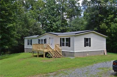 Deep Gap Single Family Home For Sale: 323 Wes Randall Road
