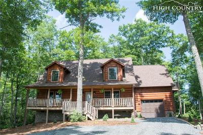 West Jefferson Single Family Home For Sale: 810 New River Overlook