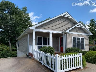 Boone NC Single Family Home For Sale: $274,900