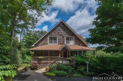 Blowing Rock Single Family Home For Sale: 371 Green Hill Woods