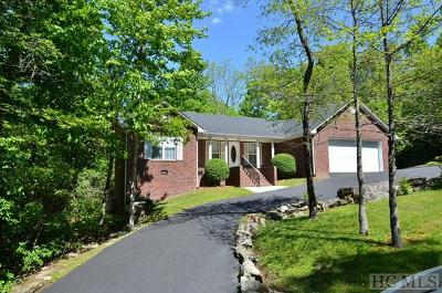 Wildwood Mountain Single Family Home For Sale: 149 Hemlock Woods Drive