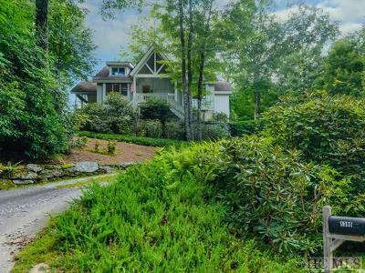 Lake Toxaway Single Family Home For Sale: 1390 Fairway Drive