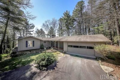 Lake Toxaway Single Family Home For Sale: 64 Indian Trace