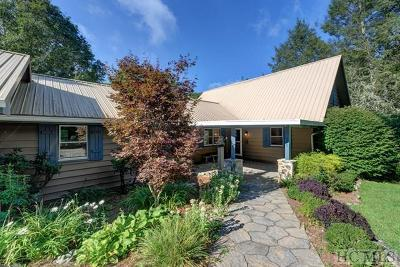 Highlands Single Family Home For Sale: 160 Strawberry Lane
