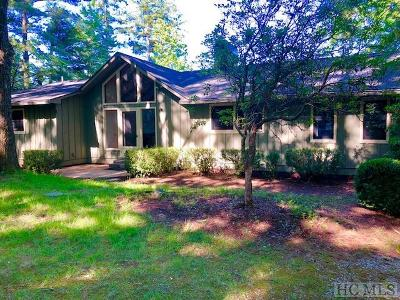Lake Toxaway Single Family Home For Sale: 154 S East Shore Drive