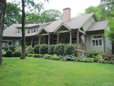 Highlands Single Family Home For Sale: 80 Margaret's Lane