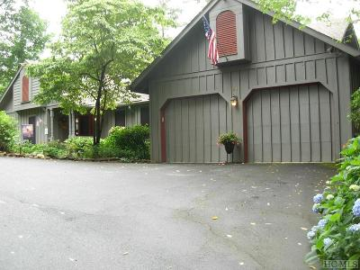 Sapphire Single Family Home For Sale: 45 Cottage Drive