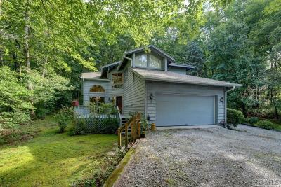 Highlands Single Family Home For Sale: 578 Wildwood Drive