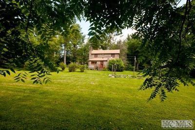 Highlands Single Family Home For Sale: 445 Chestnut Street