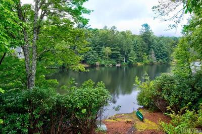 Highlands Single Family Home For Sale: 430 Hideaway Trail