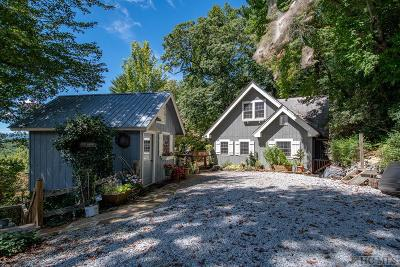 Highlands Single Family Home For Sale: 356 Old Orchard Road