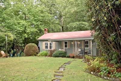 Highlands Single Family Home For Sale: 210 Brooks Road