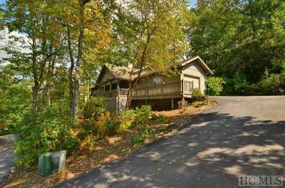 Highlands Single Family Home For Sale: 49 Jessamine Lane