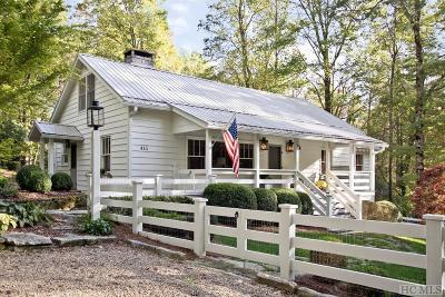 Highlands Single Family Home For Sale: 415 Mirror Lake Road
