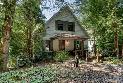 Highlands Single Family Home For Sale: 120 Mill Creek Lane