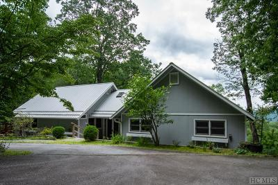 Highlands Single Family Home For Sale: 350 Queen Mountain Road