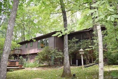 Highlands Single Family Home For Sale: 548 S Holt Road