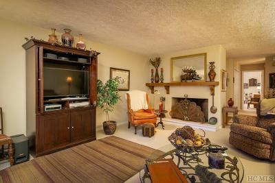 Sapphire Condo/Townhouse For Sale: 98 Dogwood Knob Lane #2A