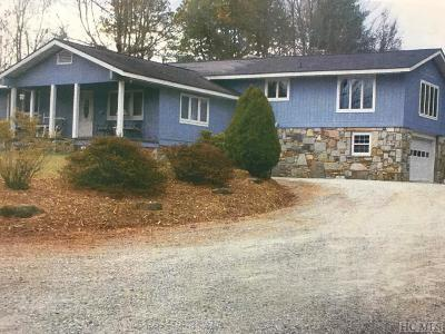 Lake Toxaway Single Family Home For Sale: 3044 Flat Creek Valley Road