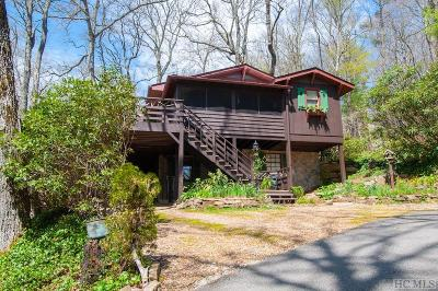 Highlands Single Family Home For Sale: 133 Dogwood Drive
