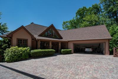 Highlands Single Family Home For Sale: 451 Country Club Drive