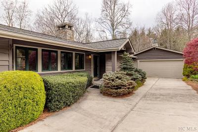 Highlands Single Family Home For Sale: 204 Country Club Drive