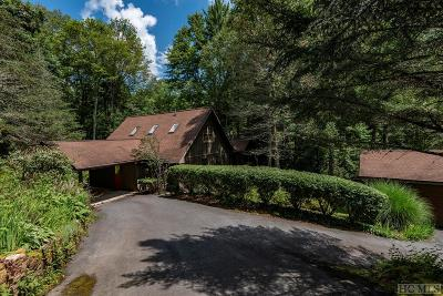 Highlands Single Family Home For Sale: 148 Pheasant Run