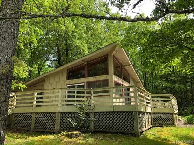 Lake Toxaway Single Family Home For Sale: 1033 N East Shore Drive