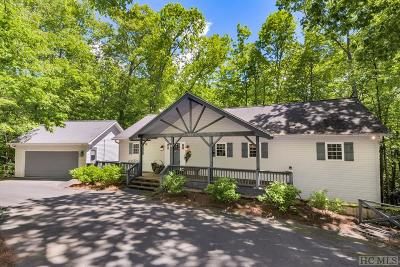 Sapphire Single Family Home For Sale: 460 Trays Island Road