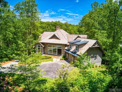 Wildcat Cliffs Cc, Trillium High, Trillium Links, Trillium Place, Highlands Falls Cc, Highlands Cc, Wade Hampton, Cullasaja Club, Mountaintop Golf Single Family Home For Sale: 1350 Burl Lane