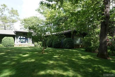 Highlands Single Family Home For Sale: 218 Whiteside Mountain Road